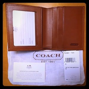 COACH NEW small Wallet Tan color